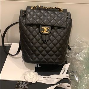 AUTHENTIC CHANEL Small Urban Spirit Backpack❤️❤️